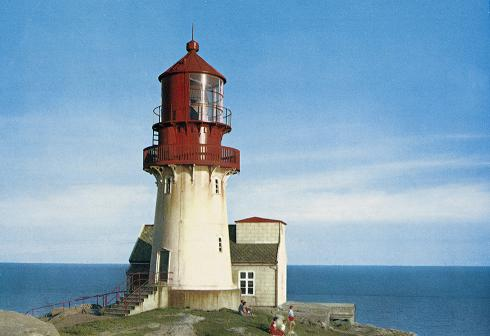 A picture of a lighthouse. Public domain