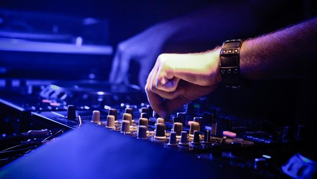 A picture of a dj by Vicktor Hanacek