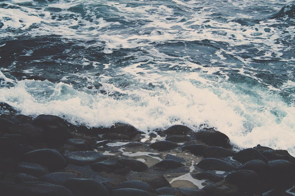 A picture of waves by Olivia Henry