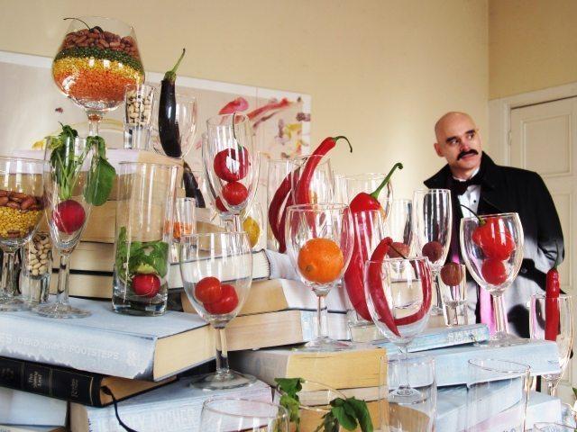 edible art movement by Nicola Anthony