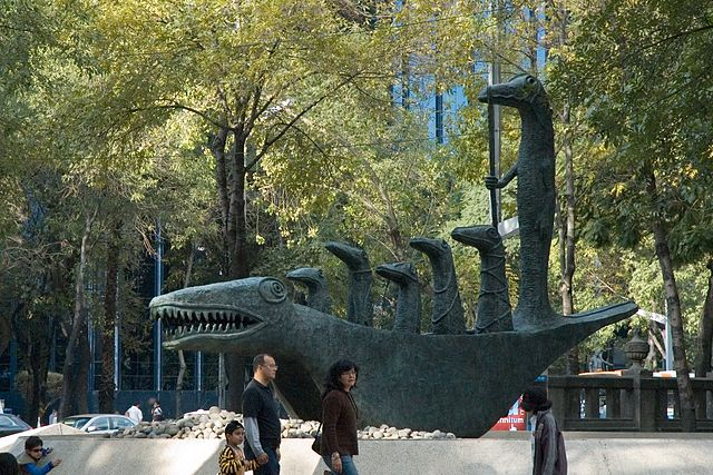 """Cocodrilo, Paseo de la Reforma"" by Paul Asman and Jill Lenoble - Paseo de la Reforma. Licensed under CC BY 2.0 via Wikimedia Commons - http://commons.wikimedia.org/wiki/File:Cocodrilo,_Paseo_de_la_Reforma.jpg#/media/File:Cocodrilo,_Paseo_de_la_Reforma.jpg"