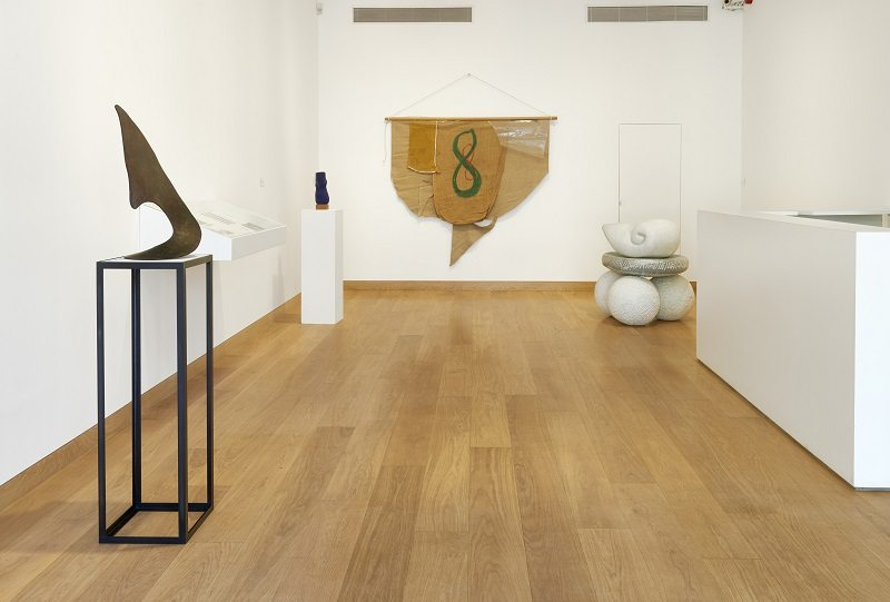 Installation view, Barry Flanagan, Animal, Vegetable, Mineral, 4 March - 14 May 2016, Image courtesy of Waddington Custot Galleries, London (4)