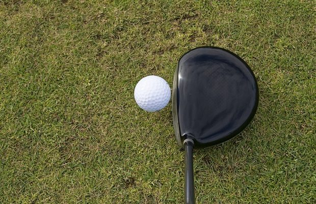 golfball and driver, clanging