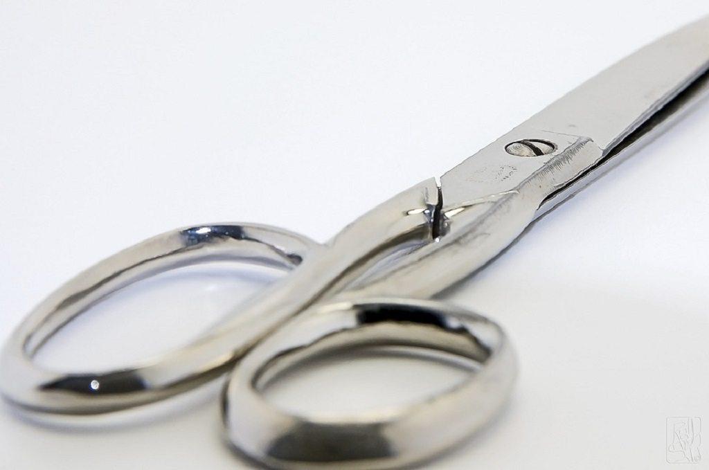 scissors by Pixabay, revenge