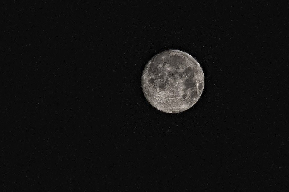 Moon, water-powered satellite