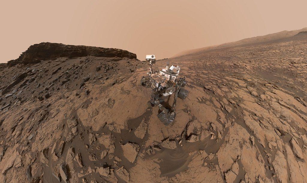 Curiosity Mars rover by NASA/JPL-Caltech/MSSS