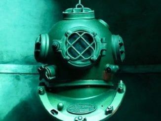 diving helmet, lost continent